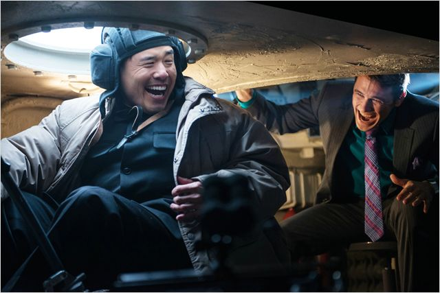The Interview - Seth Rogen - Randall Park - tank Kim Jong-un