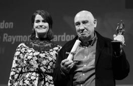 Anne Emond avec Raymond Depardon (Bayard de la Meilleure Photographie)
