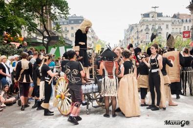 """KÒD NOIR ET LUMIÈRE @ Zinneke Parade 12/05/2018 """"Illégal"""" © ManuGo Photography"""